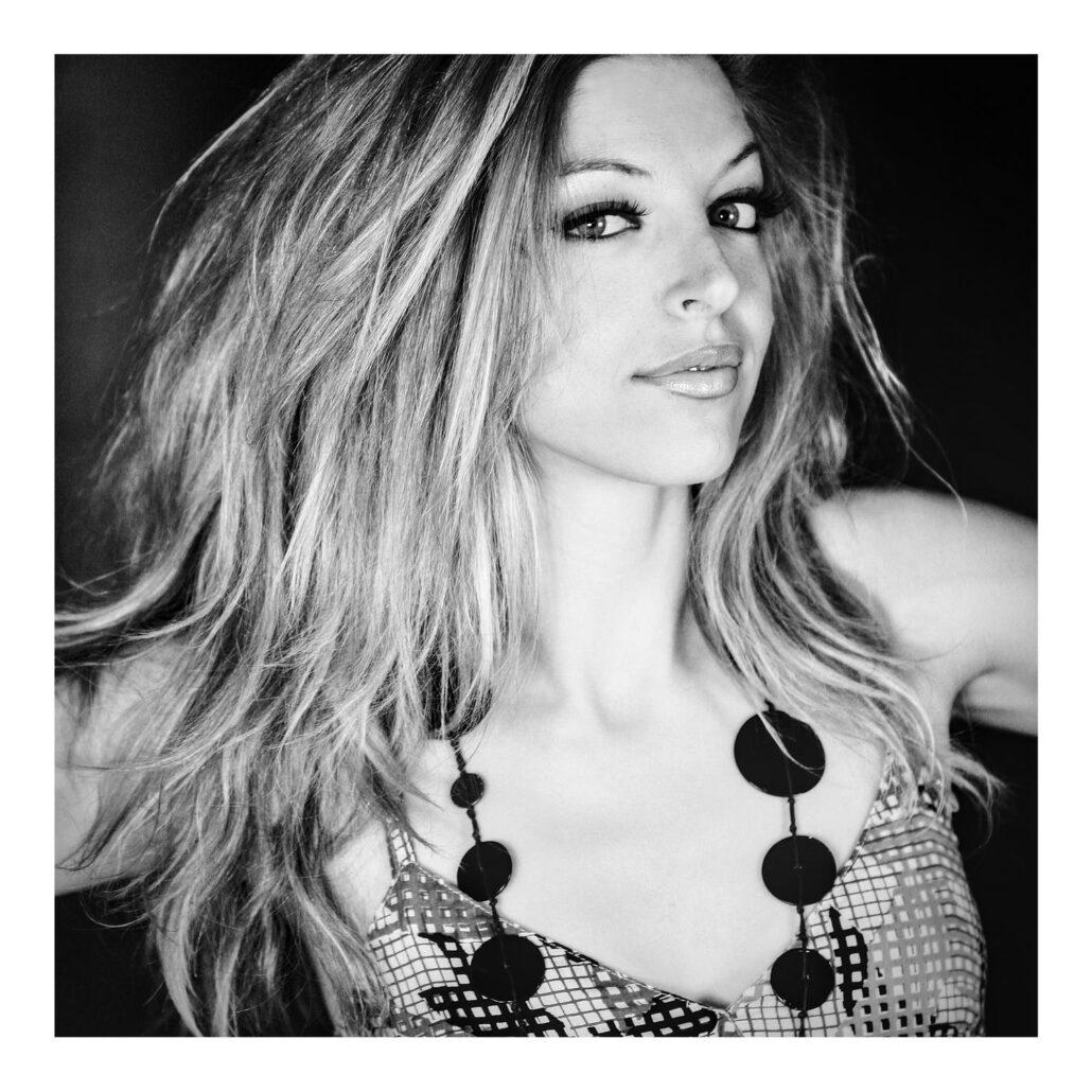 Portrait de la comédienne Céline Capacci